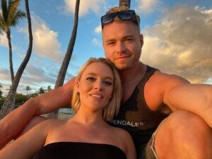Alexis Monroe and her husband Colin Hart